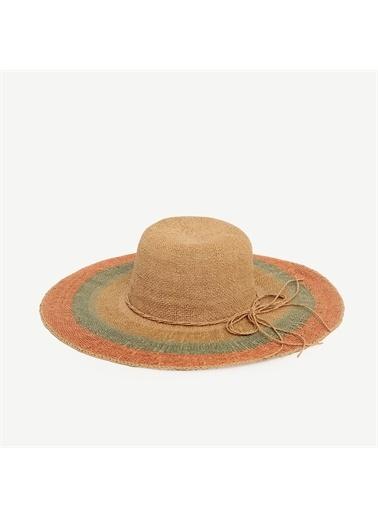 Yargıcı Renkli Hasır Şapka Renkli
